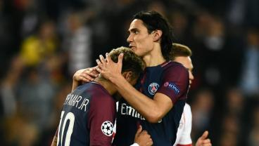 Team Cavani Struts Their Stuff In PSG's 3-0 Smack Down Of Bayern Munich
