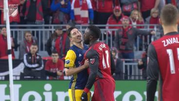 Jozy Altidore Sets Internet On Fire With Tweet To Sacha Kljestan