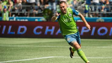 Clint Dempsey's Inspired Return From Heart Condition Wins Him MLS Comeback Player Of The Year