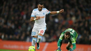 Dimitri Payet Injures Keeper With Filthy Piece Of Skill On Way To Goal