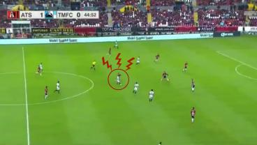 45-Yard Howitzer In Copa MX Will Make You Spit Out Your Morning Coffee