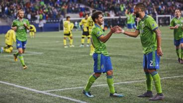Clint Dempsey And Nicolas Lodeiro Could Be The Death Of Chivas