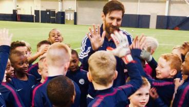 Lionel Messi Surprises Manchester City's U-7 Team And It's Adorable