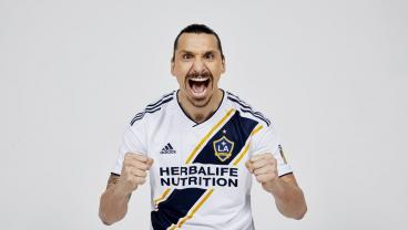 The World Is Still Buzzing Over Zlatan's Legendary Debut — And Not Just Soccer Fans