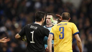 Gigi Buffon's 'Garbage Bin' Referee Makes Quick Return To EPL Action