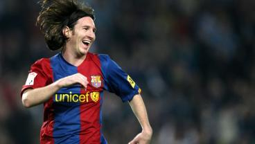 """It's Now Been Over 11 Years Since Messi's Carbon Copy Of Maradona's """"Goal Of The Century"""""""