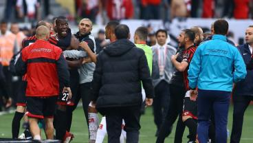 Paul Pogba's Brother Florentin Fights With Teammates After Walking Off Injured In Pivotal Match