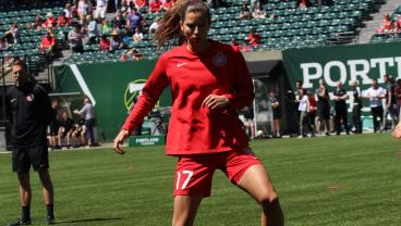 Tobin Heath Celebrates Return To USWNT With An Absolutely Silly Goal