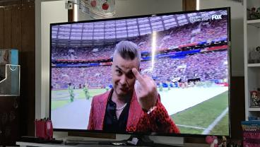 Thanks Robbie Williams For Not Giving A Shit At World Cup Opening Ceremony