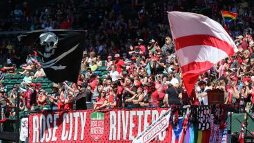 Portland Thorns Vs. Seattle Reign: What You Need To Know, How To Watch First NWSL Semifinal