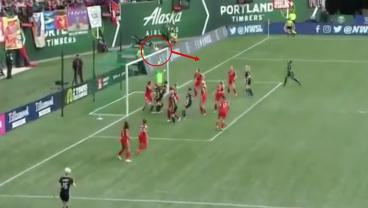 Megan Rapinoe Is So Good She Probably Meant To Bank This Free Kick Off The Crossbar For An Assist