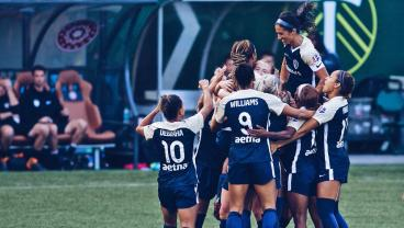 Sam Mewis Rips A 25-Yard Golazo To Help NC Courage Reach NWSL Final