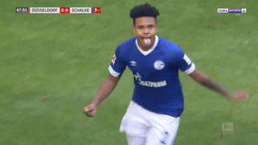Weston McKennie Scores Second Straight Match Winner For Schalke; Bobby Wood Nods In Two