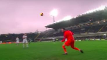 Papu Gómez's Beautiful Curler Leaves Samir Handanović Contemplating Whatever He Wants