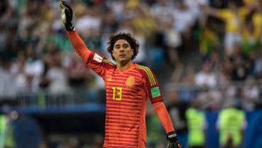 Guillermo Ochoa Once Again Shows He's A Baller Against Argentina