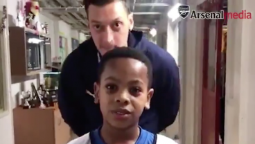 Mesut Özil Surprises Young Fan, Ends Up Creeping Us Out More Than The New Sonic