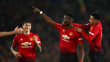 Watch Paul Pogba Casually Crush Huddersfield With Brilliant 14-Minute Brace