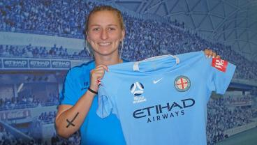 Rather Than Play For Sky Blue, Two Top 10 NWSL Draft Picks Opt To Leave The Country