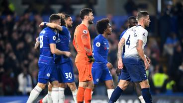 Chelsea Not Dead Yet After Kepa Row Thanks To Trippier's Shock Own Goal