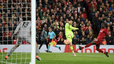 Alisson Is Barcelona's Kryptonite Once Again As Messi Is Left Watching His Team Collapse