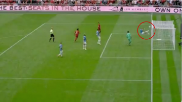 Outrageous Kyle Walker Goal-Line Clearance Allows City To Defeat Liverpool On Penalties