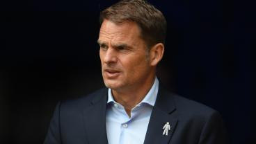 Frank De Boer Calls Equal Pay 'Ridiculous'