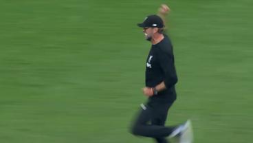 Jurgen Klopp Running