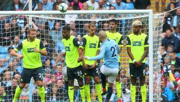 David Silva free kick vs Huddersfield