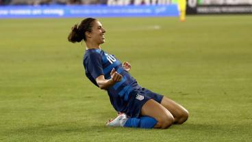 Hat Trick Hero Carli Lloyd Inspires USWNT To 5-0 Win Over Panama