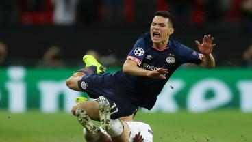 Chucky Lozano Earns And Converts Two Penalties To Rescue PSV's Title Hopes