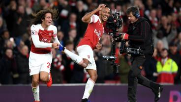 Pierre-Emerick Aubameyang's Filthy Finish Transforms North London Derby