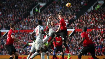 Liverpool Returns To The Top Of The EPL After Exchanging Injuries With Man United
