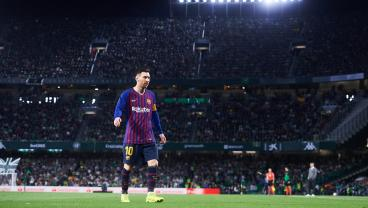 Messi Thanks Betis Fans For Standing Ovation After Incredible Hat Trick