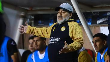 Maradona Wants To Manage Manchester United, And We Think That's A Great Idea