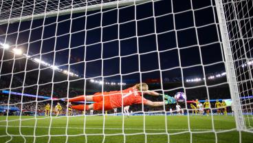 Canada Dumped Out After Sweden's Keeper Pulls Off Miraculous Penalty Kick Save