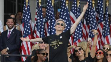 Megan Rapinoe Delivers Incredible Speech While USSF President Is Met With 'Equal Pay' Chants