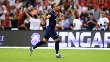Harry Kane Scores From Halfway Line To Beat Juventus In 93rd Minute