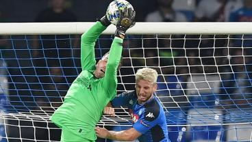 Adrián Records Save Of A Lifetime, But Liverpool Loses To Napoli On Controversial Penalty