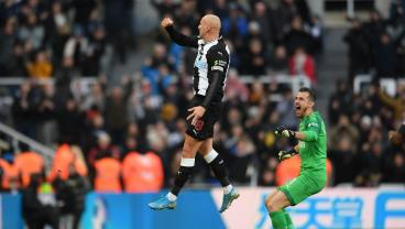 View From The Stands: The Crazy Reaction To Jonjo Shelvey's Incredible Strike
