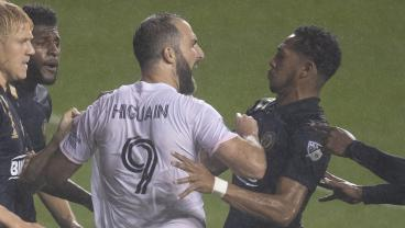 Big-Game Player Gonzalo Higuaín Puts Penalty Kick On The Moon In MLS Debut