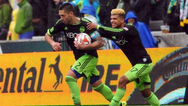 DeAndre Yedlin Says American MLS Players Suffer Without Promotion/Relegation