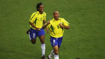 12 Of The Best Team Goals Ever