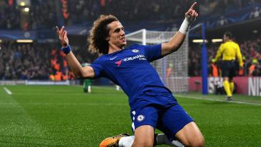 Chelsea Fans Bombard David Luiz's Restaurant With Negative Reviews After Move To Arsenal