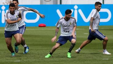 Messi Spends 31st Birthday Training Amidst Reports Of Argentina Player Mutiny