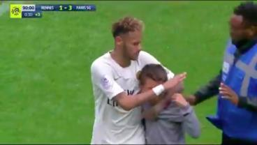 Neymar Gives Crying Young Fan The Shirt Off His Back During PSG Win