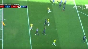 Sneaky, Sneaky Juan Quintero Puts A Free Kick Under The Wall And Humiliates Japan's Keeper