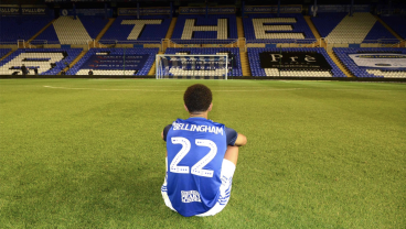 Birmingham City Retires Number 22 For Player That Played One Season