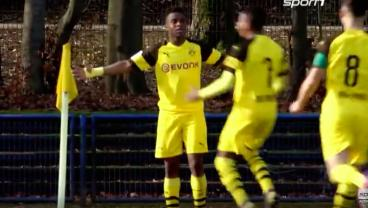 14-Year-Old Dortmund Phenom Inks 10-Year Deal With Nike, Averages Goal Every 45 Minutes