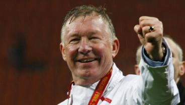 Alex Ferguson Thanks Fans For Support After Successful Brain Surgery