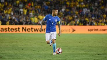 World Cup Favorite Brazil Loses Veteran Leader Dani Alves To Knee Injury